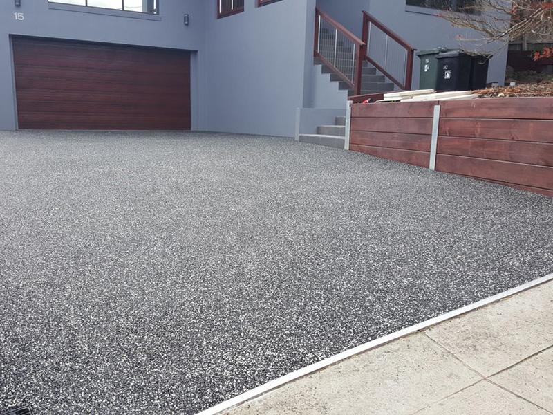 Ứng dụng đá rửa trong thiết kế sân nhà